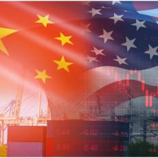 EKONOMSKI TAJFUN KOJI ĆE IZGURATI AMERIKU SA TRONA: Koliko dugo SAD može da se bori protiv Kine?