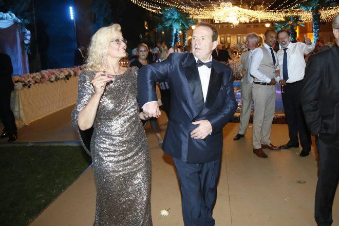 EKSKLUZIVNE FOTKE! Pogledajte kako je bilo na ludoj žurki kod Bogoljuba Karića! Đokovići, ambasadori, milijarderi…