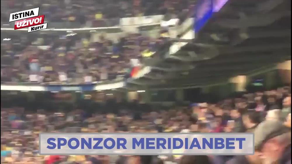 EKSKLUZIVNO! LUDNICA NA SANTIJAGO BERNABEU: Pogledajte kako su navijači Boke na poluvremenu slavili gol Benedeta! (KURIR TV)