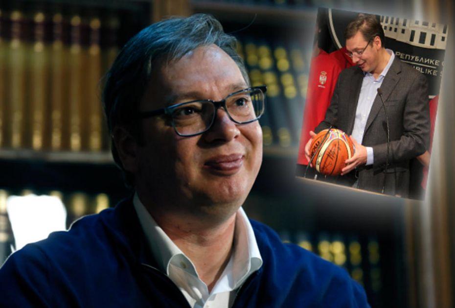 EKSKLUZIVNO NA KURIRU VUČIĆ KAKVOG NE ZNATE, SASVIM LIČNO: Kad završim s politikom, biću košarkaški trener!