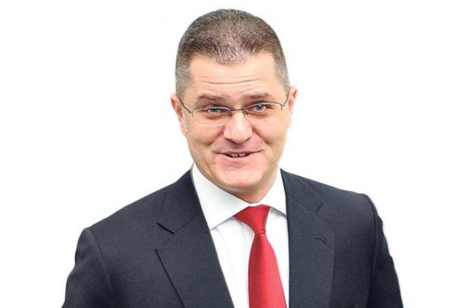 EKSKLUZIVNO! OTKRIVENA PREVARA VEKA VUKA JEREMIĆA: Osnovao tajnu organizaciju da sakrije novac i ne plaća porez!
