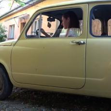 EMILIJA IZ UŽICA SVOJOM FIĆOM PRIVLAČI POGLEDE NA PUTEVIMA: Oborila jedinstven rekord žutim oldtajmerom (VIDEO)