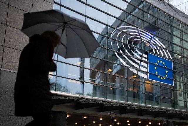 EP: Omogućiti početak rada Evropske komisije od 1. decembra.