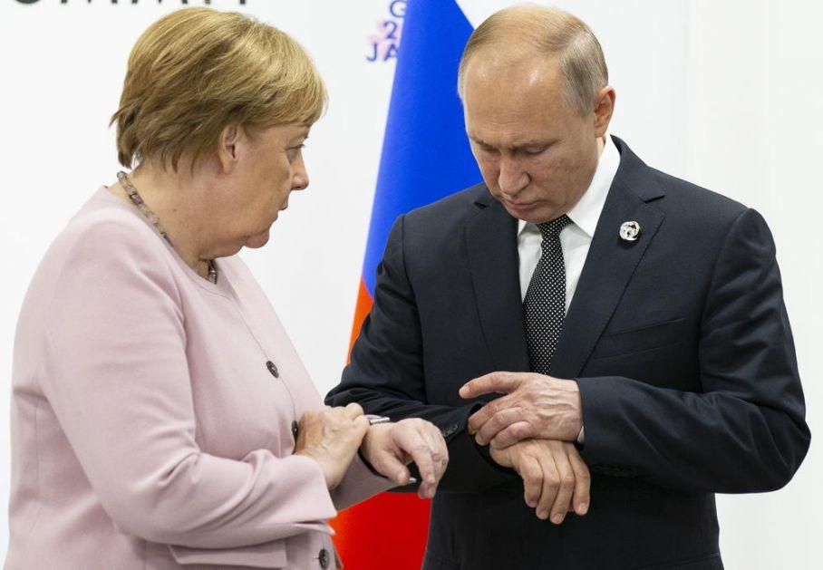 ESKALACIJA SUKOBA U LIBIJI! Putin i Merkelova: Važno smirivanje tenzija i nastavak dijaloga!