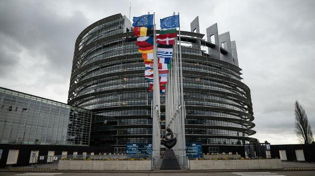 EU bez komentara na Tačijevu izjavu da neće dijalog sa Lajčakom
