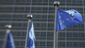 EU o novom francuskom zakonu: Omogućiti novinarima da rade slobodno i bezbedno