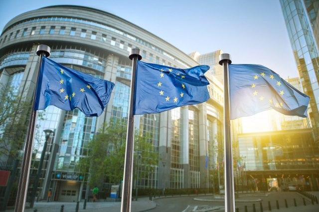 EU pozvala na zabranu prodaje oružja Turskoj