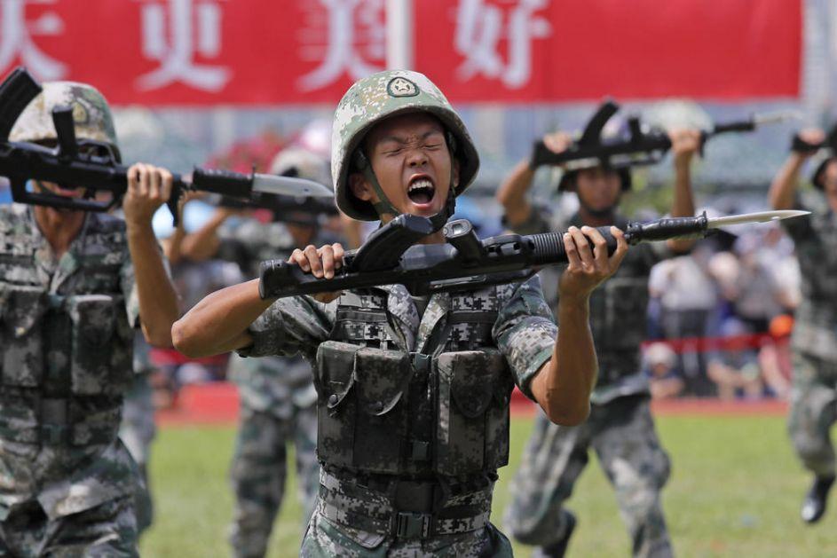 EVROPA I NATO U PANICI ZBOG KINESKE VOJSKE: Ambicije Pekinga rastu, Kina više ne želi da bude samo azijska sila a vojska im je sve jača (VIDEO)