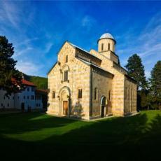 EVROPSKI ŠAMAR SEPARATISTIMA: Vratite nepravedno oduzetu zemlju manastiru Visoki Dečani