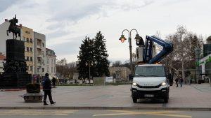 Ekipe Parking servisa menjaju sijalice u opštini Medijana, Pantelej i Palilula