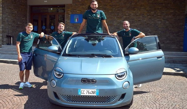 Električni Fiat 500 postaje službeni automobil evropskih šampiona u fudbalu