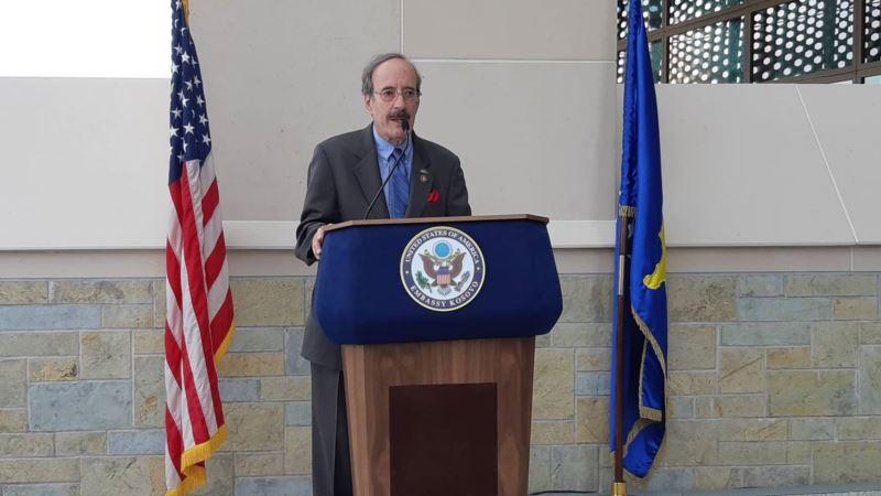 Eliot Engel u pismu NATO generalu: Vaše izjave ne reflektuju politiku SAD prema Srbiji
