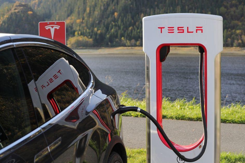 Elon Mask najavio tehnologiju koja će Tesline automobile učiniti jeftinijim