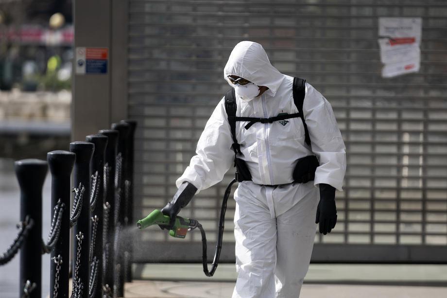 Evropa: U Britaniji više od 50.000 umrlih, u Rusiji više od 432.000 zaraženih, u Berlinu R faktor dostigao 1,95