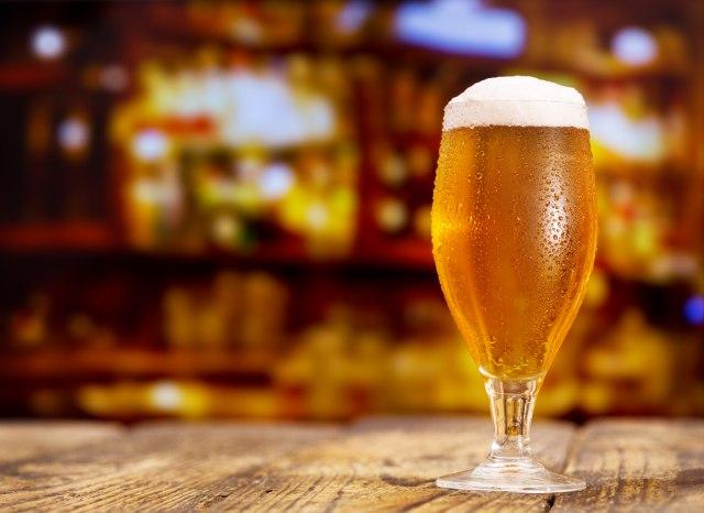Englezi, pivo i vino: Rekord oboren - prvog dana