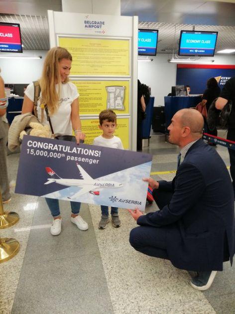 Er Srbija nagradila 15-milionitog putnika