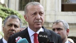 Erdogan bacio Trampovo pismo u đubre