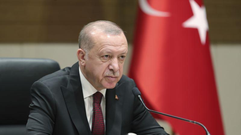 Erdogan odao počast Aliji Izetbegoviću, povodom 17. godišnjice njegove smrti
