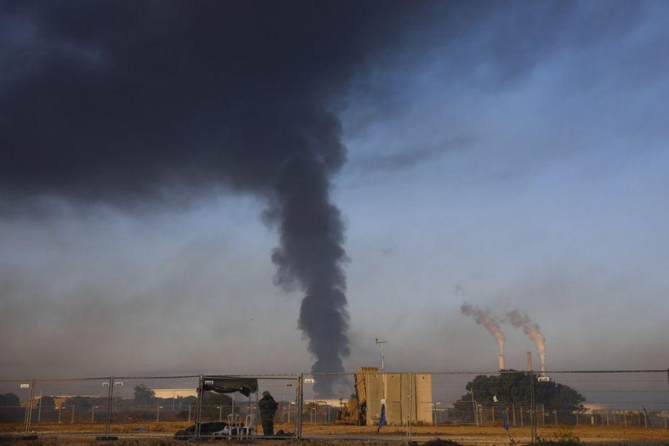 Eskalacija sukoba: Izraelska avijacija srušila još jedan soliter u centru Gaze, u Sderotu poginulo dete