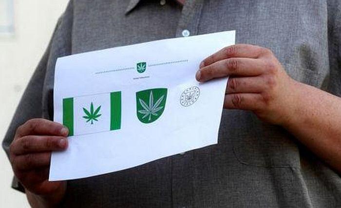 Estonska opština na zastavi ima list marihuane
