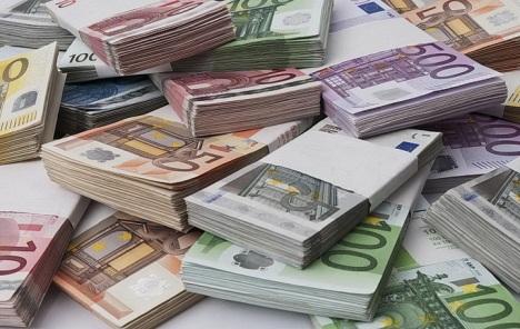 Euro od uvođenja izgubio više od 80 posto u odnosu na zlato