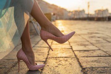 Evo kako cipele utiču na INTENZITET ORGAZMA