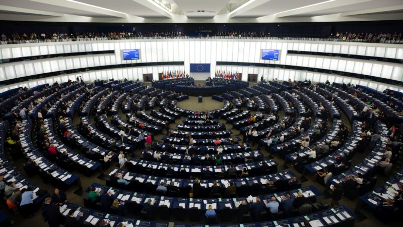 Evropski parlament za produženje roka za Brexit ako London zatraži