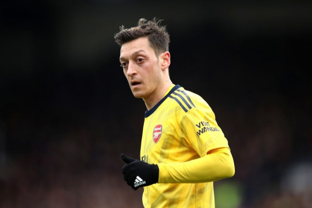 Ezil ostaje u Arsenalu do kraja ugovora
