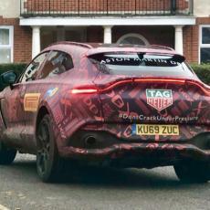 FABRIKA SAMO ZA NJEGA: Aston Martinov SUV dobio specijalni tretman