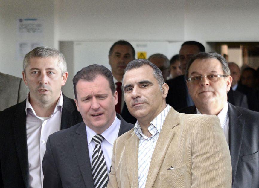 FALE SAMO JOŠ TEGELTIJA I ŽELJKO PANTIĆ! Nebojša Čović na otvaranju Zvezdine televizije pričao sa Kokezom, pa prozvao Partizanove voditelje! U ŠALI, PA PRIVALI (VIDEO)