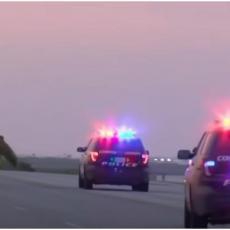 FBI OBJAVIO DETALJE O PUCNJAVI U VOJNOJ BAZI U TEKSASU: Akt terorizma, ranjen jedan mornar (VIDEO)