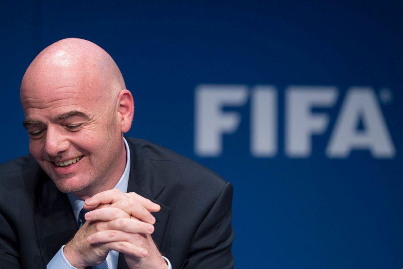 FIFA odabrala revolucionarni sistem za pregled spornih situacija: Ovo su četiri ključne tačke koje će se analizirati!