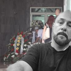 FK PARTIZAN se oprostio od svog VEČITOG DRUGA: Na groblje stigla poslednja poruka za vernog Grua (FOTO/VIDEO)