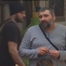 (FOTO) DISKVALIFIKOVANI UŽIVA SA BIVŠOM ZADRUGARKOM - Konačno je stigao u Beograd i NE RAZDVAJAJU SE