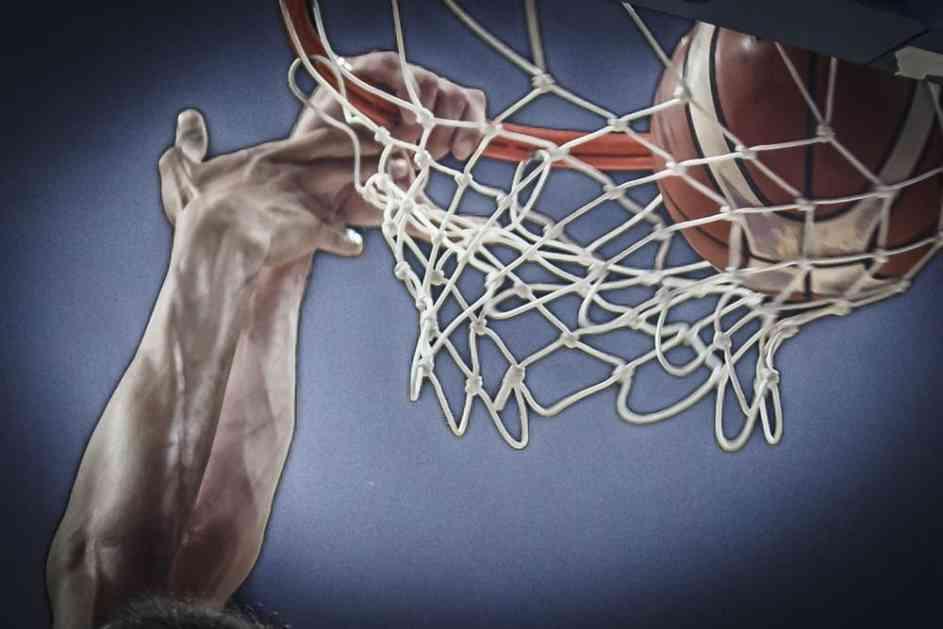 (FOTO) KREATIVNO! Oslikava košarkaški DNK Beograda: Evroliga predstavila logo za fajnal-for u glavnom gradu Srbije