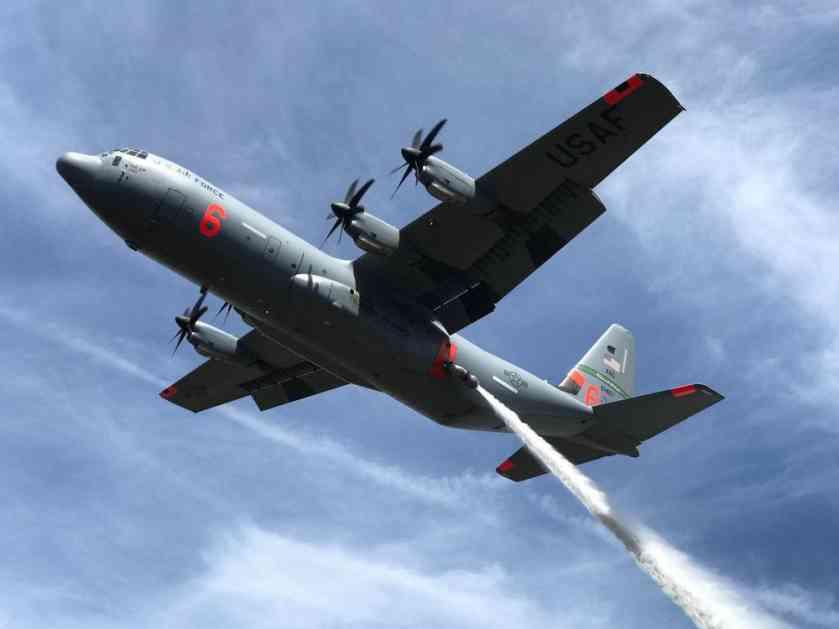 (FOTO) SRUŠIO SE AMERIČKI VOJNI AVION: 9 mrtvih u padu Herkulesa C-130!