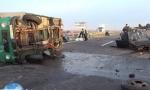 FOTOGRAFIJE UŽASA KOD BATAJNICE: Auto se velikom brzinom podvukao pod kamion, poginuo vozač