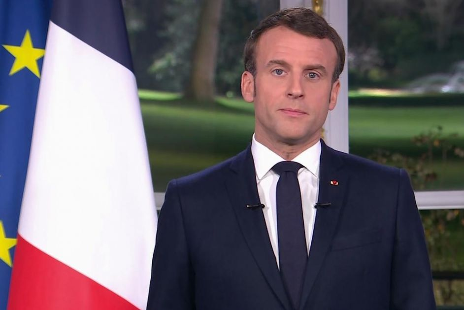 FRANCUSKA JE PARALISANA, ALI MAKRON NE ODUSTAJE OD SVOJE IDEJE: Nema odstupanja od reforme penzionog sistema! (VIDEO)