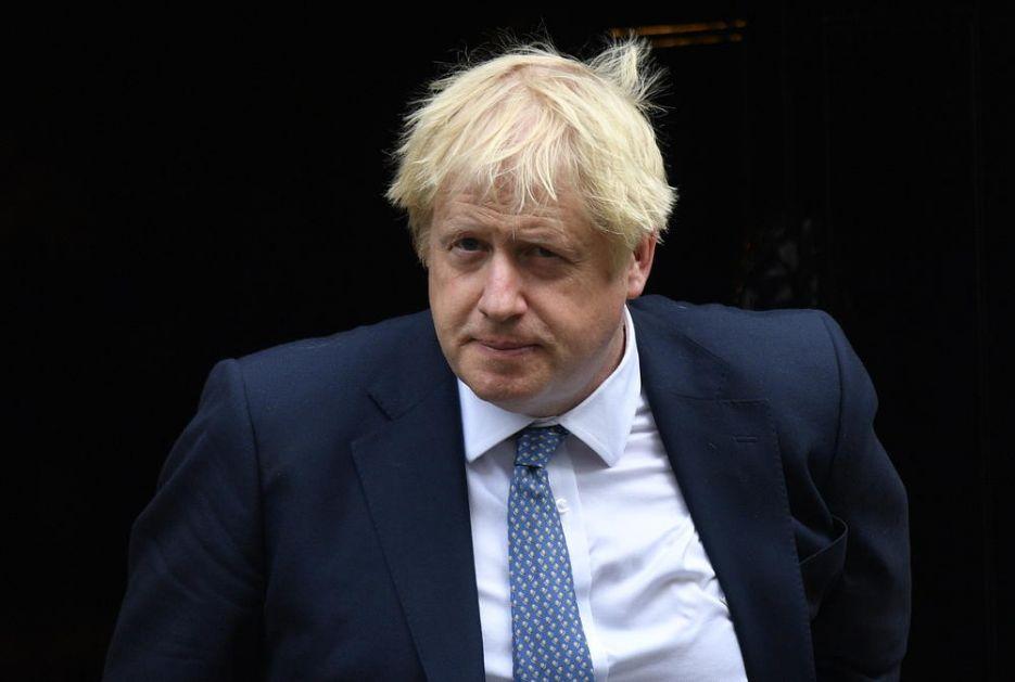 FRANCUSKI ULTIMATUM ZBOG KOGA ĆE DŽONSON POBESNETI: Britanci mogu da dobiju produžetak roka za izlazak iz EU, ali prvo da promene vlast
