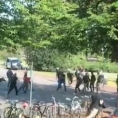 FRKA: Tuča Delija i navijača Helsinkija, uletela i policija (VIDEO)