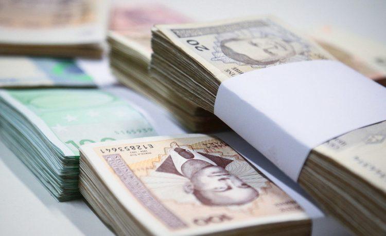 Februarska plata u FBiH za 2,8 odsto niža od januarske