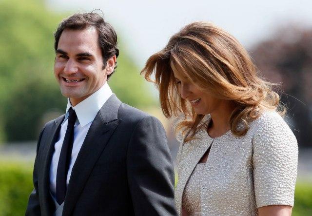 Federer ne može kao Novak: Mirka je stidljiva