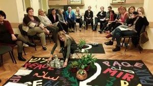 Feministička etika brige i odgovornosti