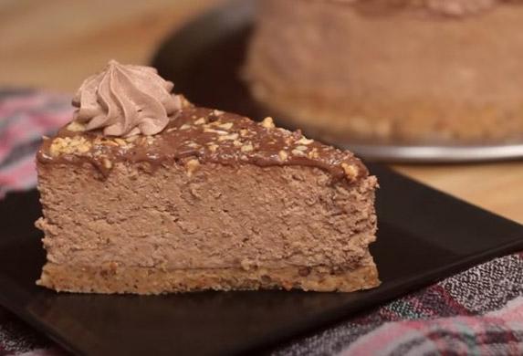 Ferrero torta bez pečenja! (VIDEO RECEPT)
