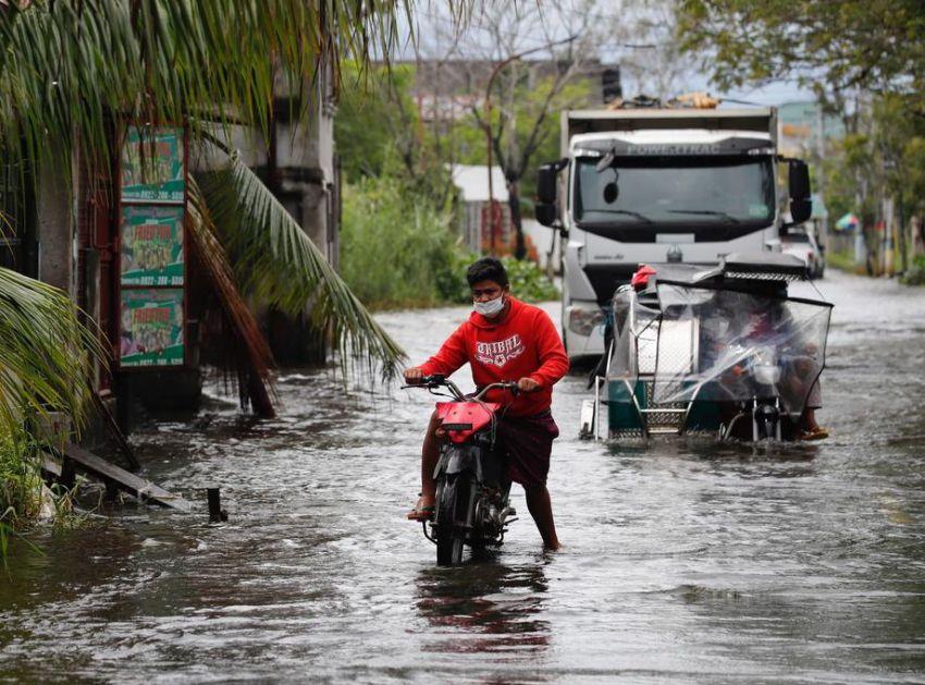 Filipini na udaru tajfuna, hiljade evakuisane