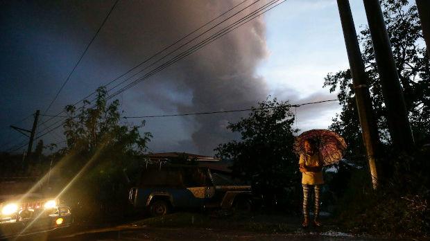 Filipini, obustavljeni letovi zbog vulkana