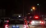 Filmska akcija hapšenja u Čačku: Kriminalac vezan lisicama ležao na asfaltu, prolaznici mislili da je MRTAV (FOTO)