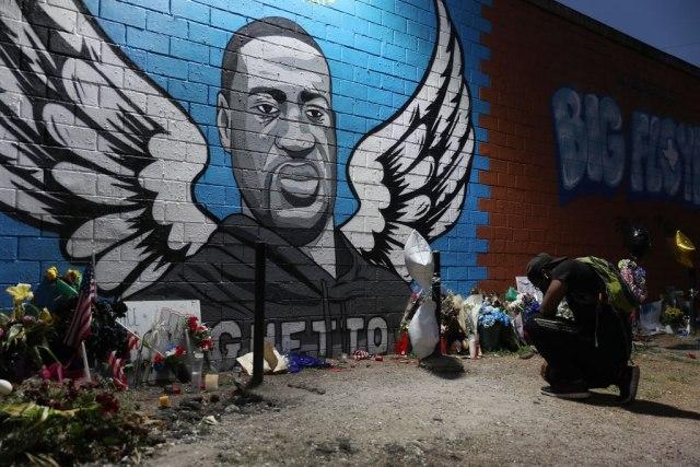 Flojdova porodica najavila da će tužiti grad i odgovorne policajce