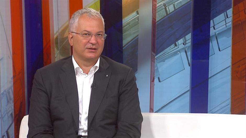Former Minister: Mandatory term to avert focus from Kosovo