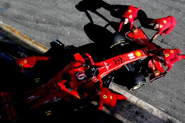 Formula 1 može da se završi u januaru